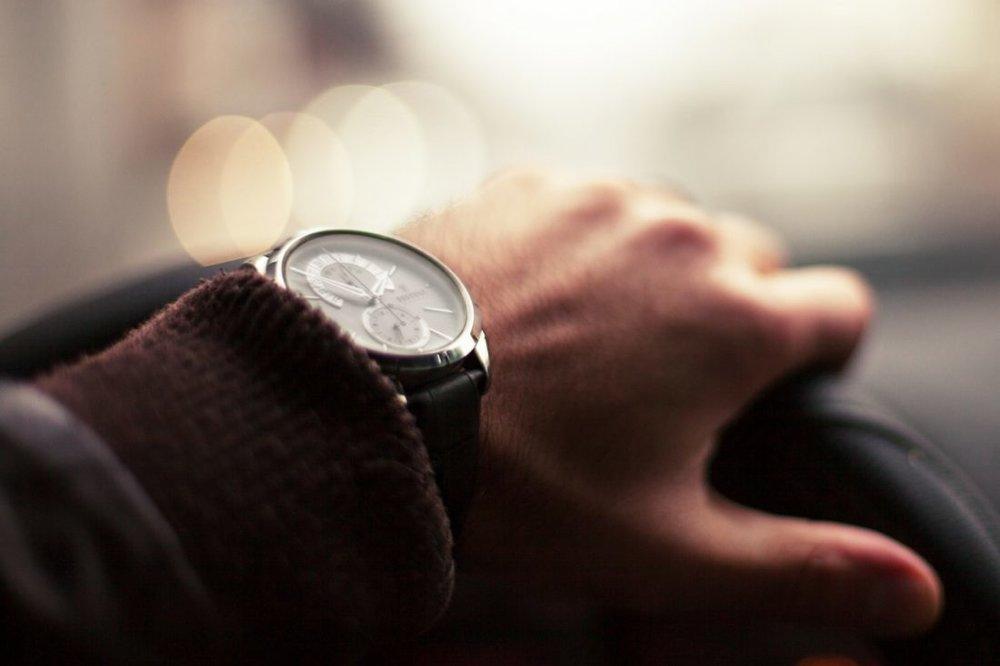 fashion-man-person-hand-e1475017456143.jpg