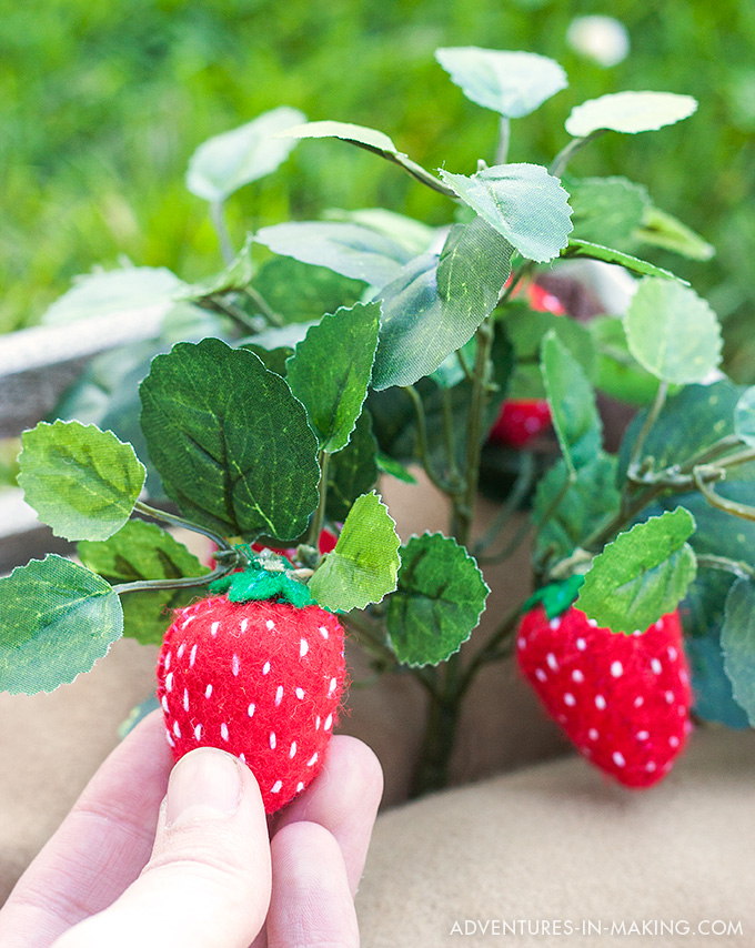 Plantable Felt Strawberries