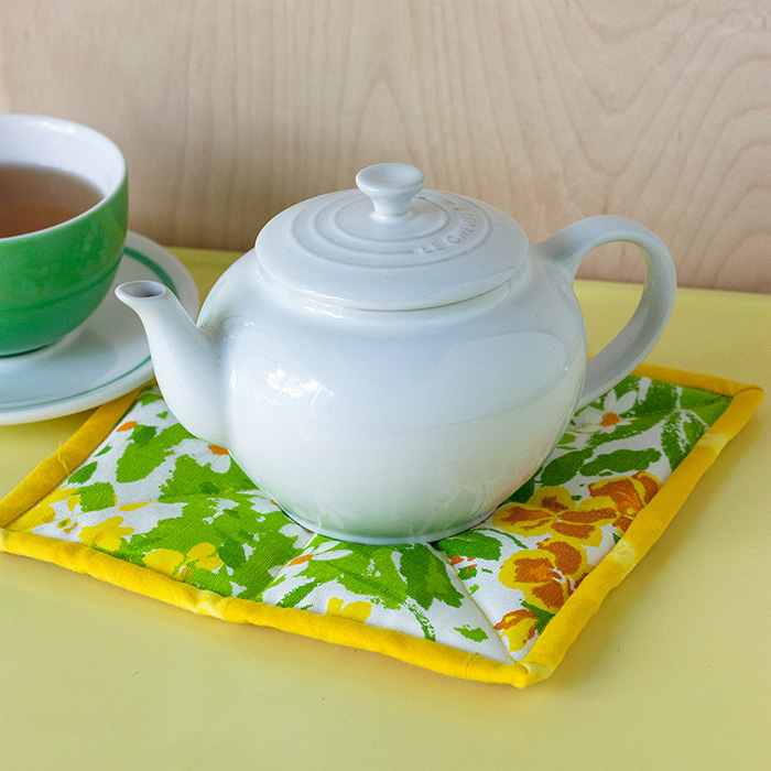 Herb-Scented Tea Trivet