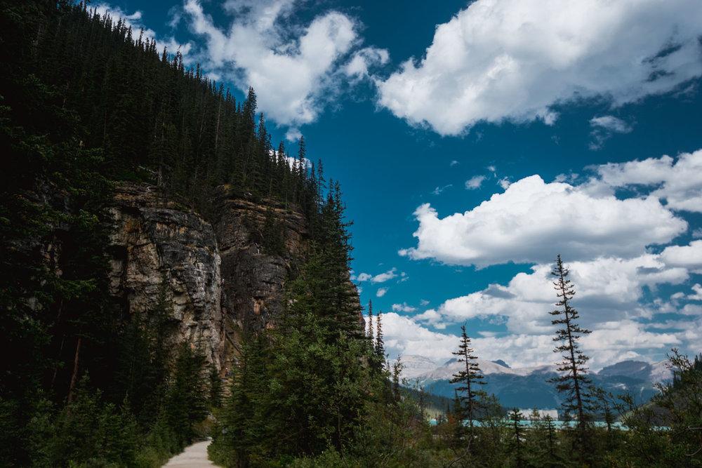 Plain of Six Glaciers trail along Lake Louise