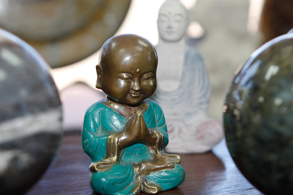 Bronzebuddha1.jpg