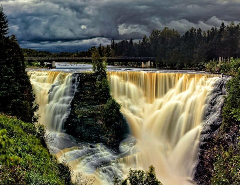 Photo credit: Kakabeka falls by Don Malcolm