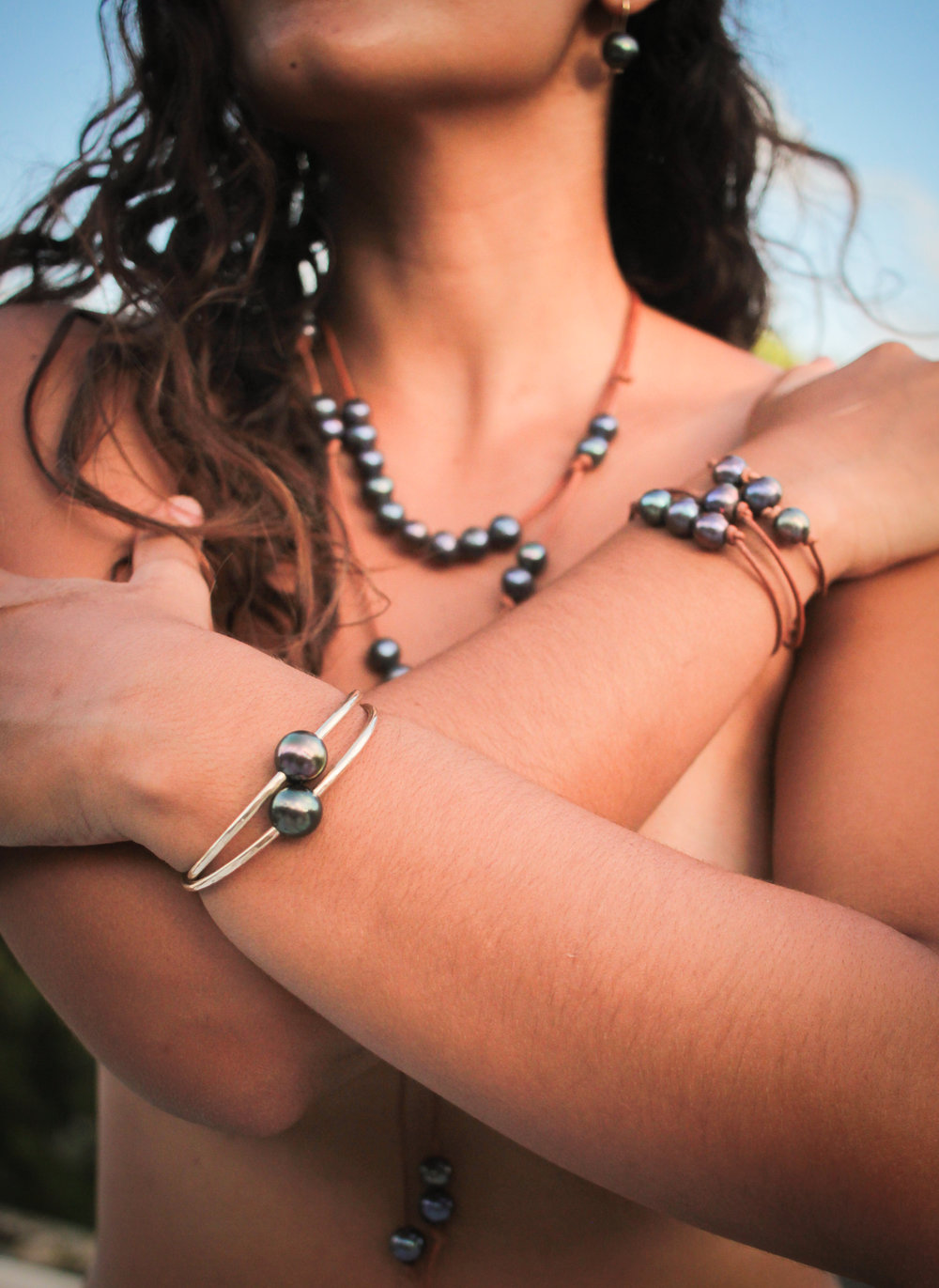 Handmade bohochic luxury pearl and silver jewellery from the Caribbean islands new to Ireland in time for Christmas!