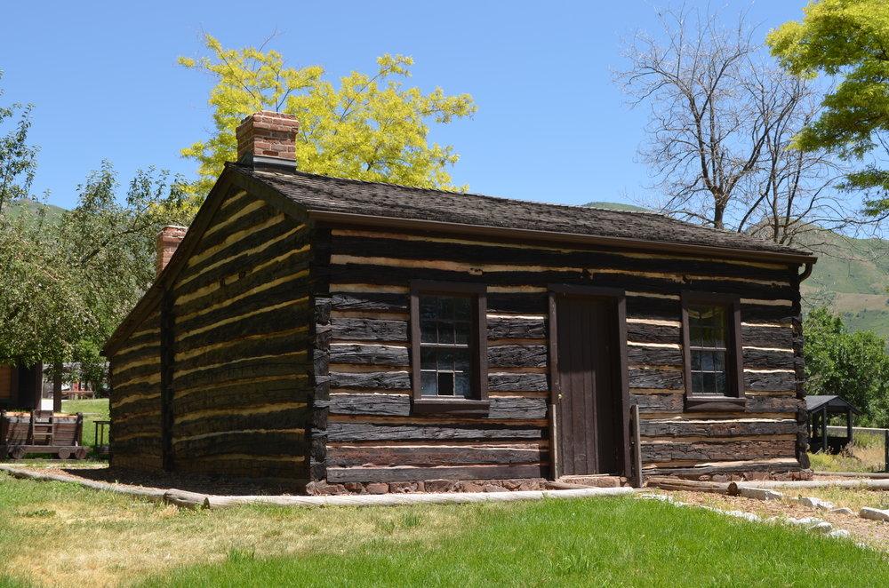 Levi Roberts Cabin