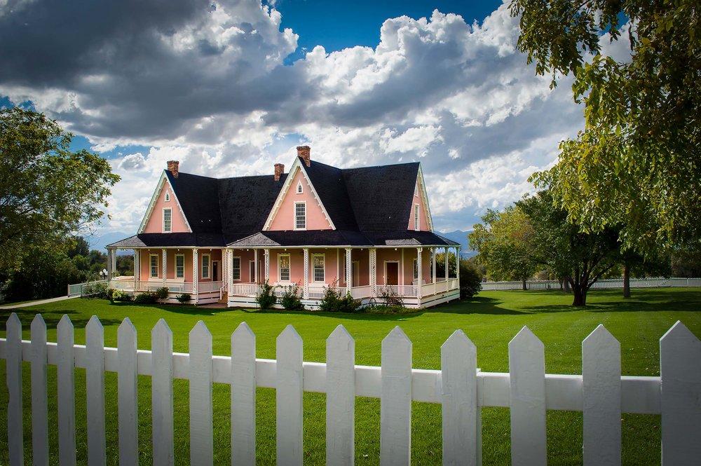 brigham-young-farmhouse_1.jpg