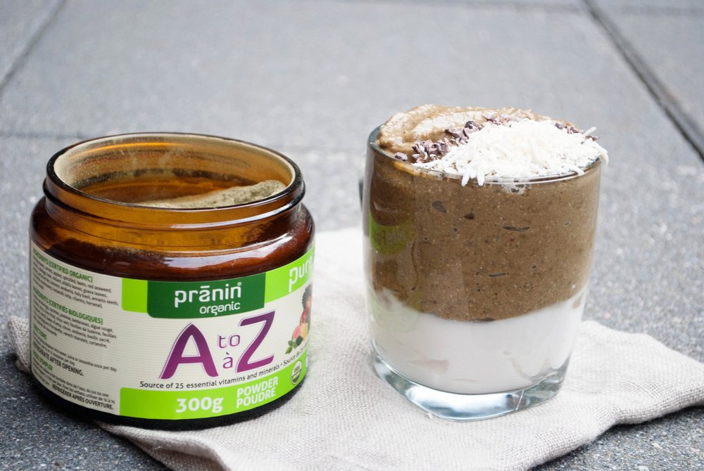 My gingerbread smoothie with Pranin Organic A to Z powder