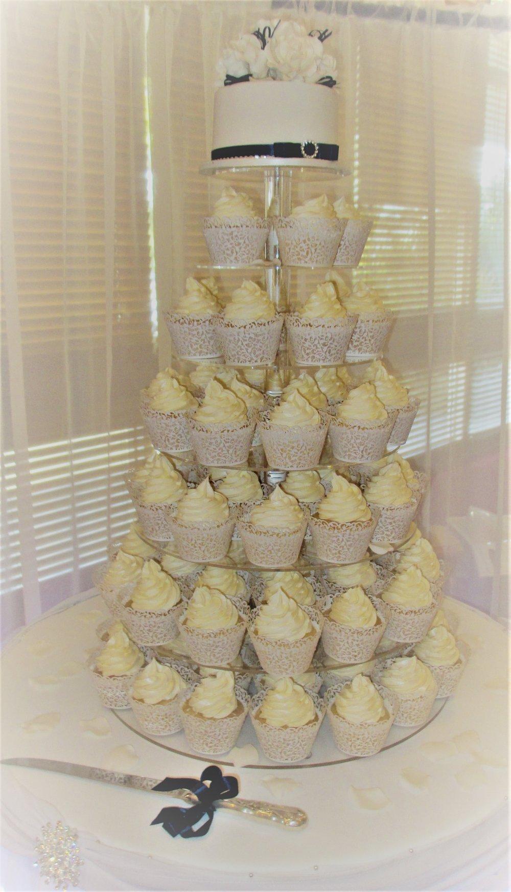 Ange's cakes (28).JPG