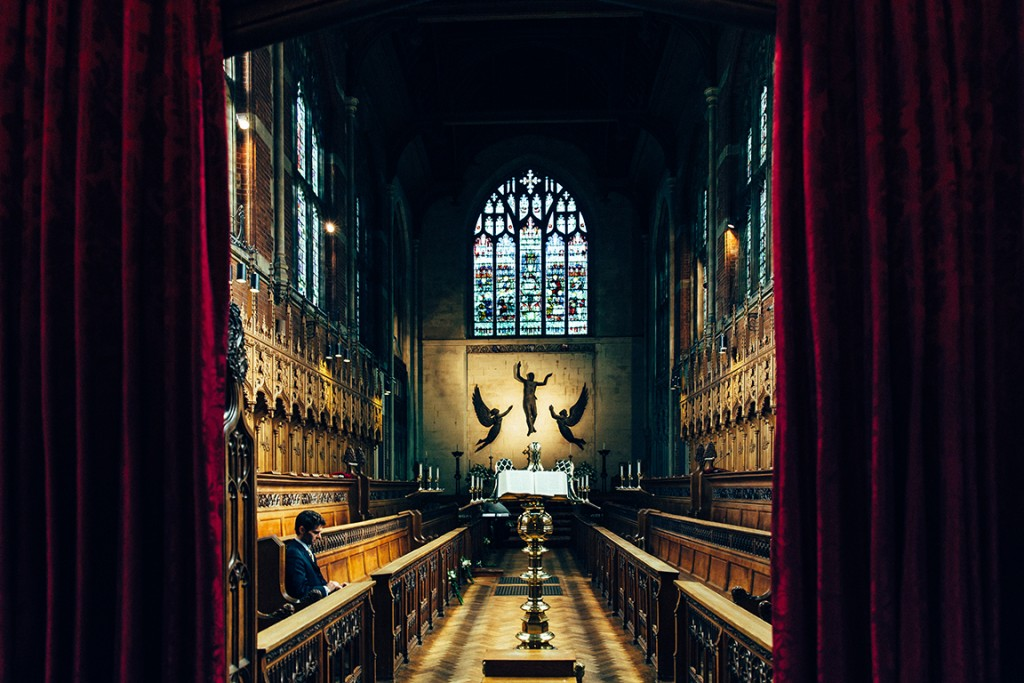 Inside Selwyn College Chapel, Cambridge, Wedding Photography, Photographer