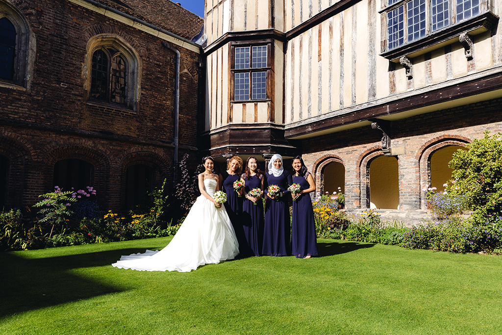 Queen's College Cambridge, Wedding, Beautiful, bridesmaids, Wedding Photographer Cambridge