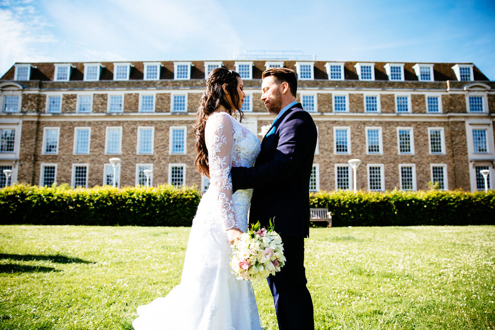 Cambridge registry office wedding summer