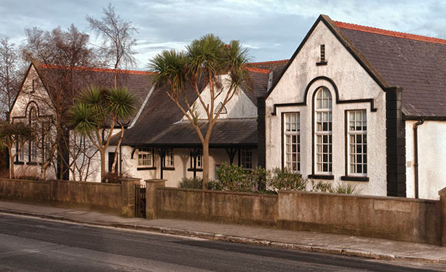 Little Theatre is on Dublin Road www.skerriestheatregroup.ie t: +353 87 210 5432