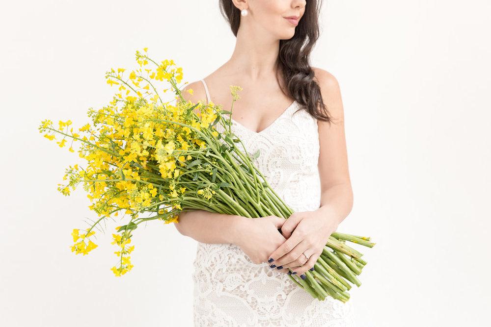 On Cloud Bloom -luminous yellow bouquet 4.jpg
