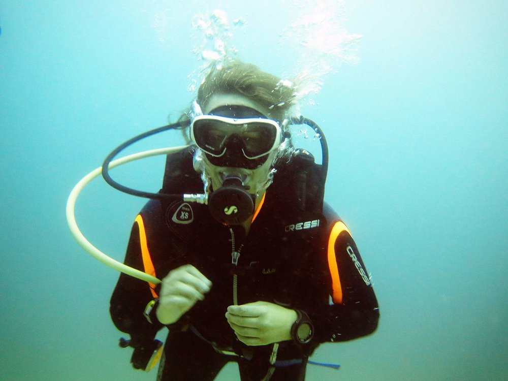 diving-philippines.jpg