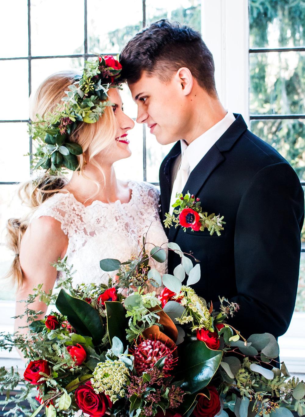 Laurel Hall-Photographer-Wedding-Indianapolis-Indiana
