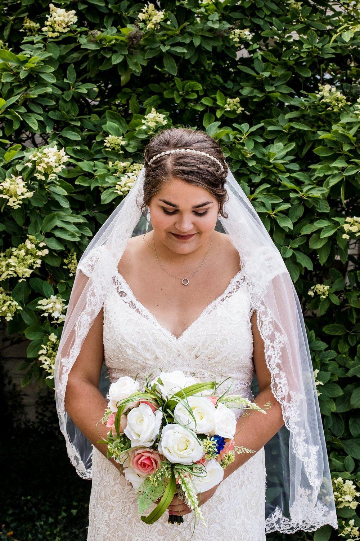 Bride portrait, wedding photography in Muncie, Indiana