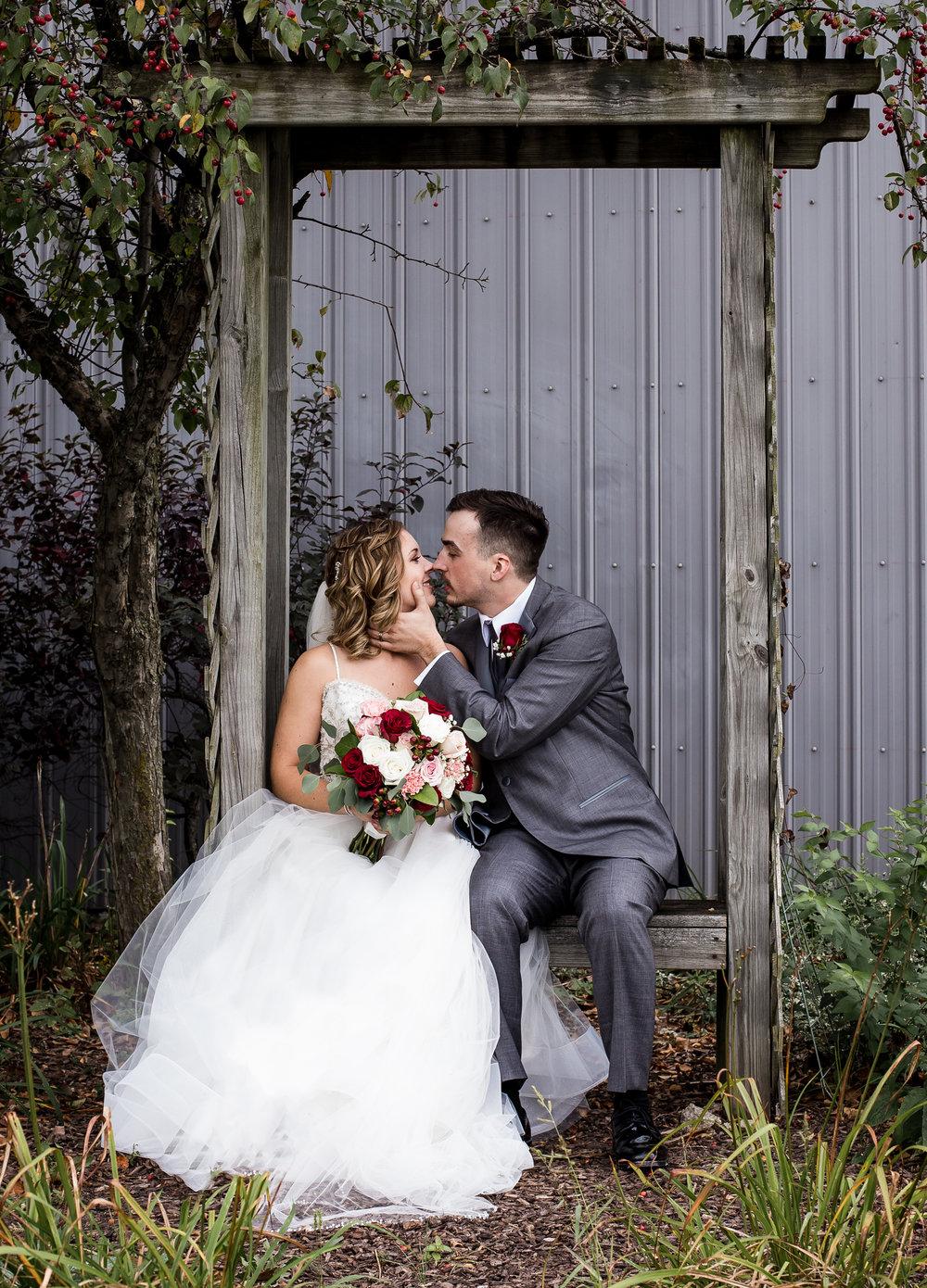 Fort Wayne-Indiana-Allen County Fairgrounds-Wedding Photographer