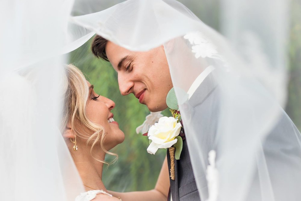 New+Castle+Indiana-Wedding+Photographer-Arts+Park-4.jpeg