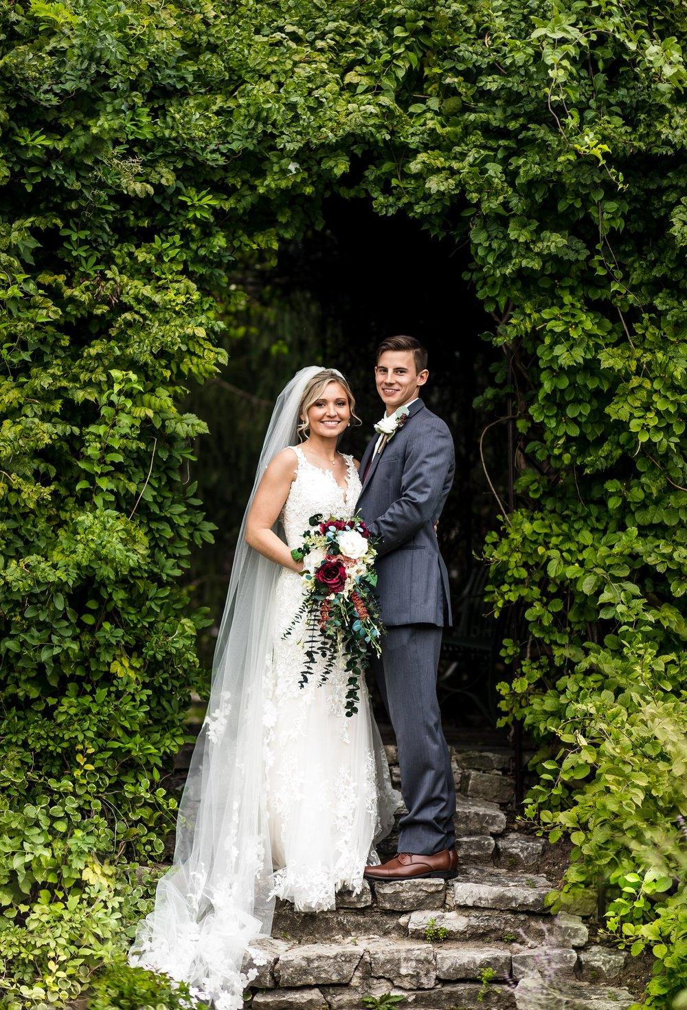 New Castle_Indiana_Henry-County-Arts-Park-Wedding-Photographer