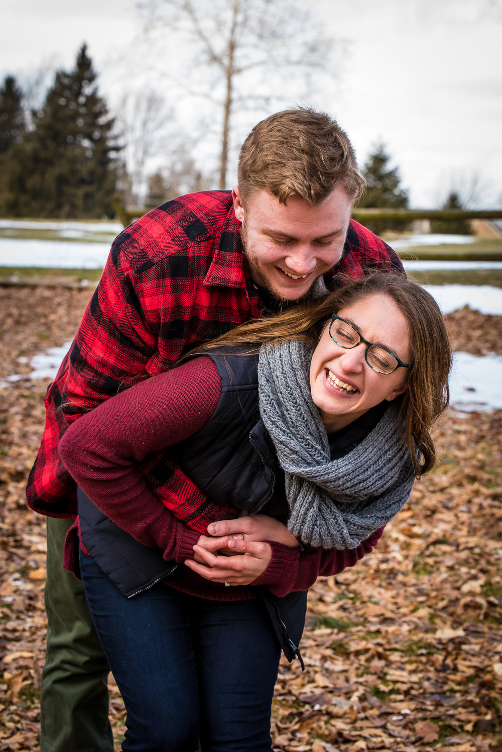 Indiana-wedding-photographer-newcastle-memorial-park