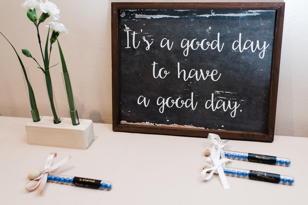 It's a good day to have a good day chalkboard sign.