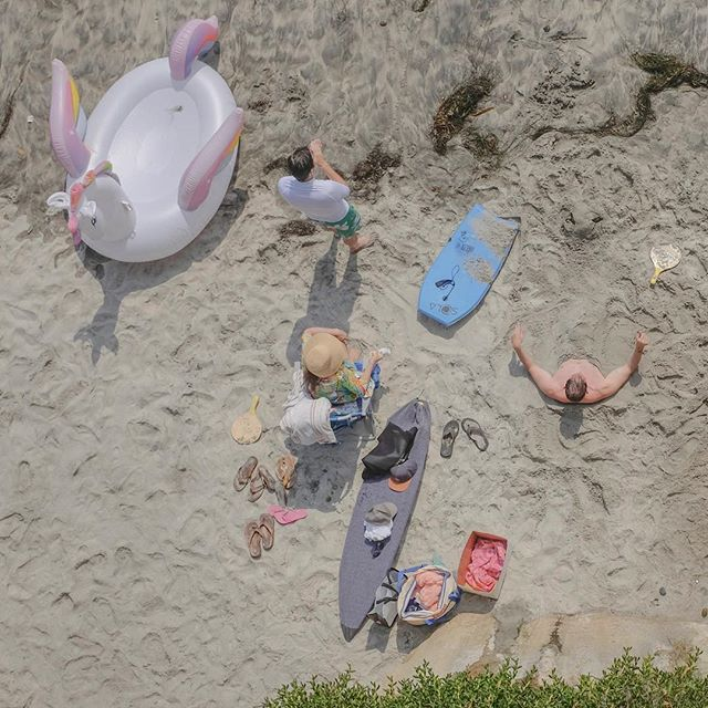 Back to work and missing the beach. #manwithnolegs #inflatableunicorn