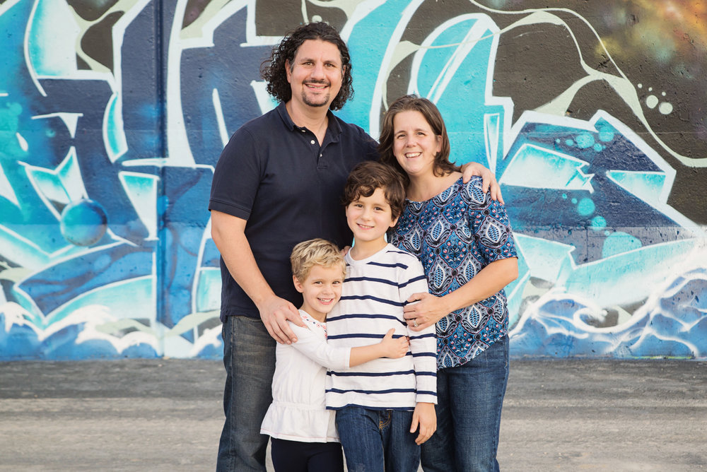 st-louis-family-photographer-family-of-four-at-graffiti-wall.jpg