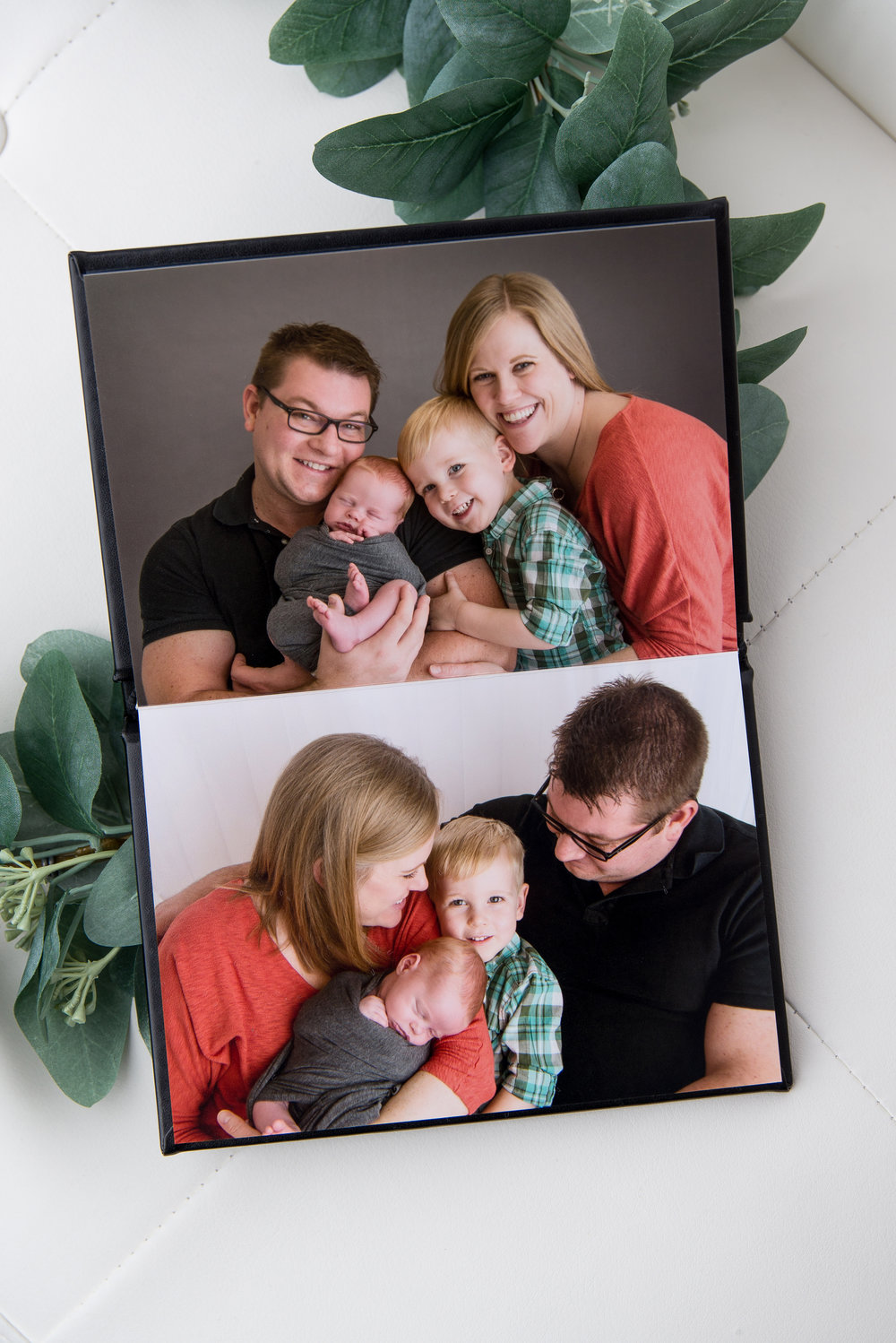 st-louis-photographer-the-session-book-in-side-family-and-newborn-images.jpg