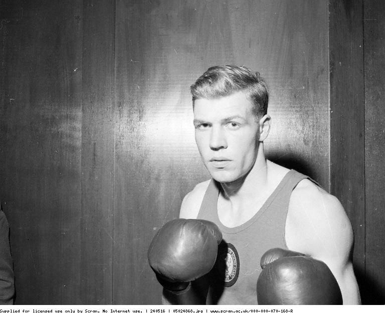 boxing_Geoffrey Wilson_1959.jpg