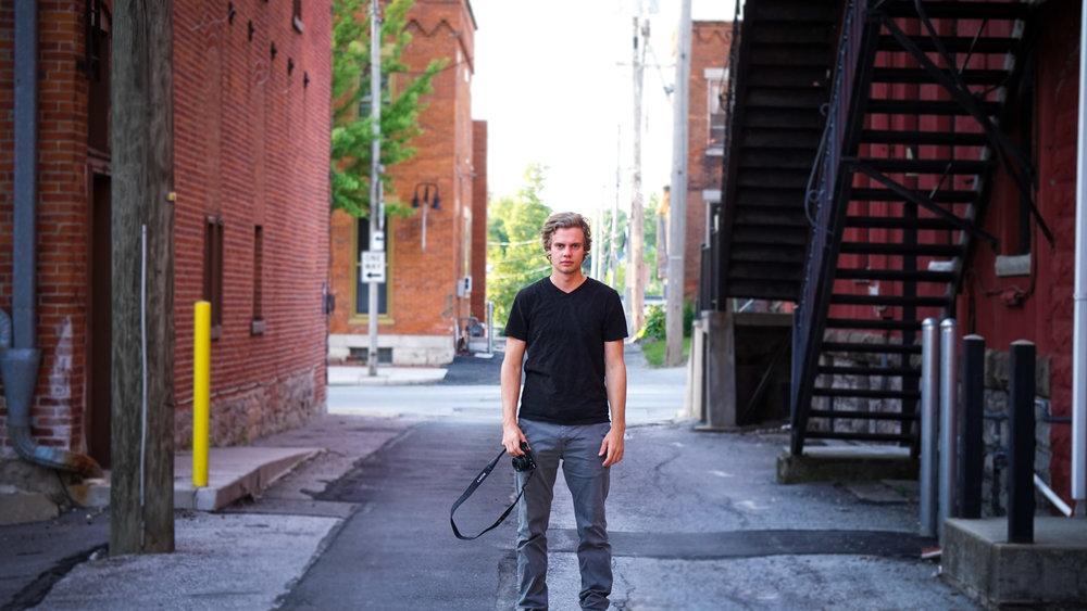 Jacob Downtown Tiffin Shoot-WEB-9.jpg