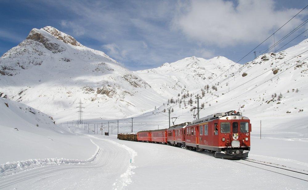 railway-bernina-railway-lagalb-bernina-78791.jpeg