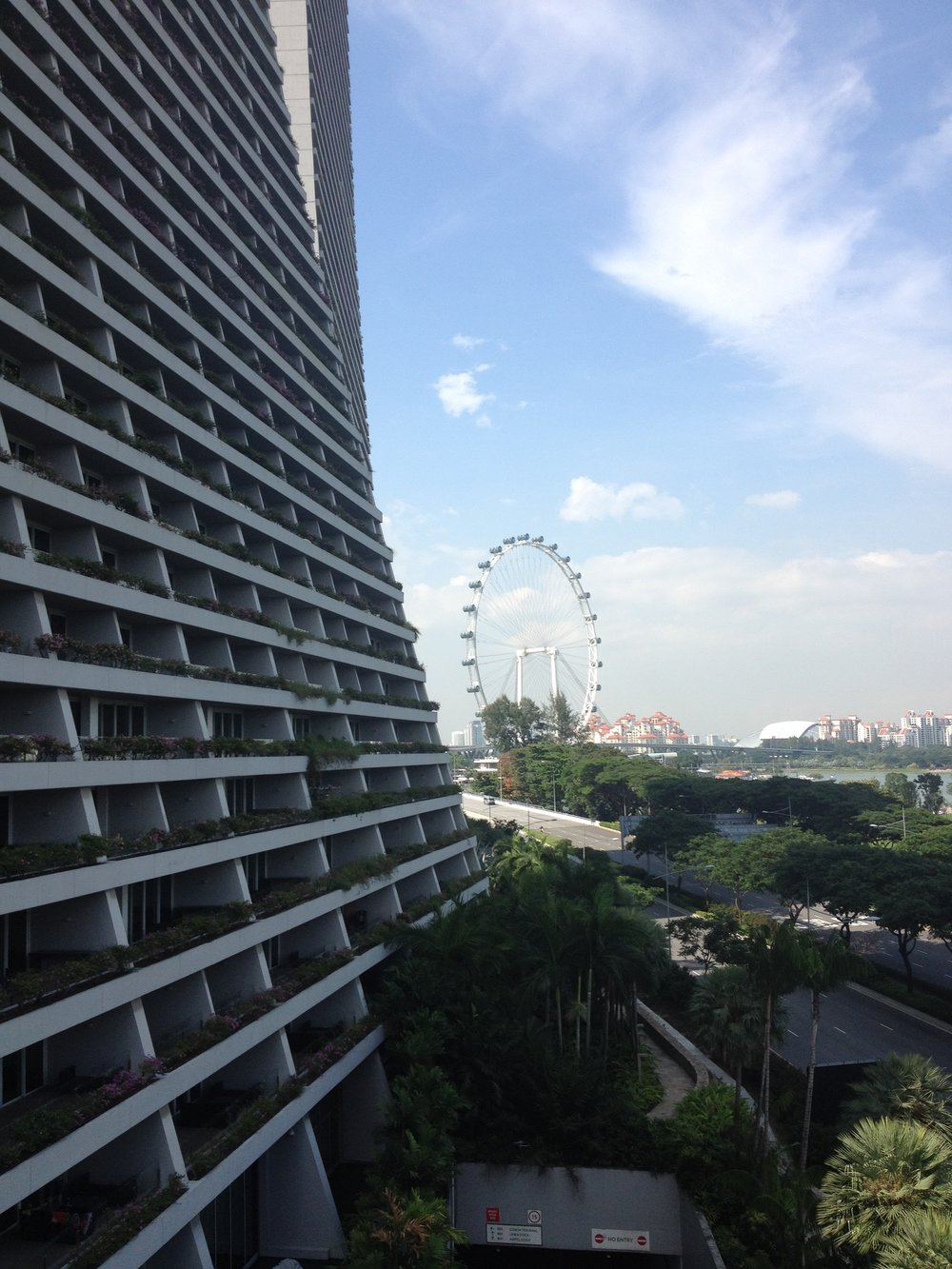 Marina Bay Sands Hotel to Gardens by the Bay