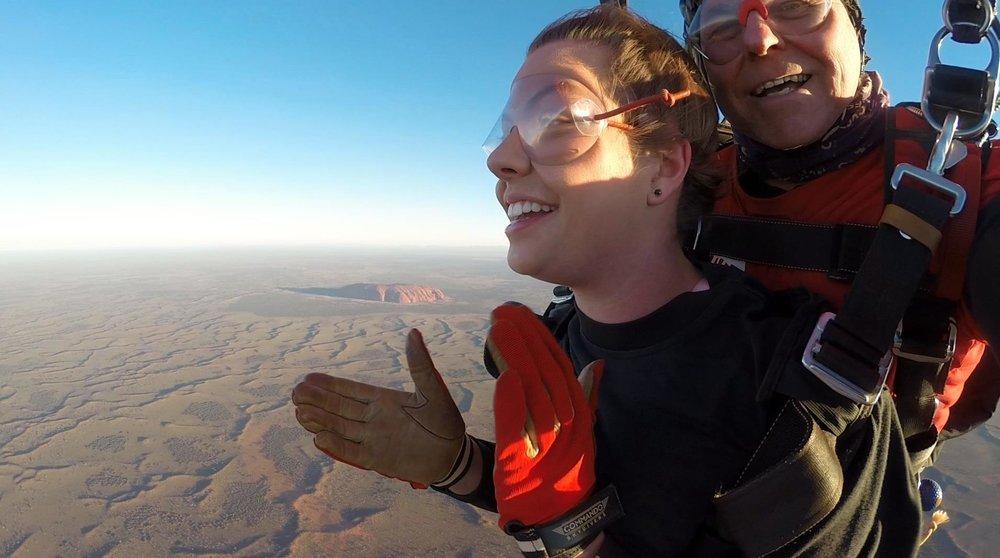 Uluru sunset skydive