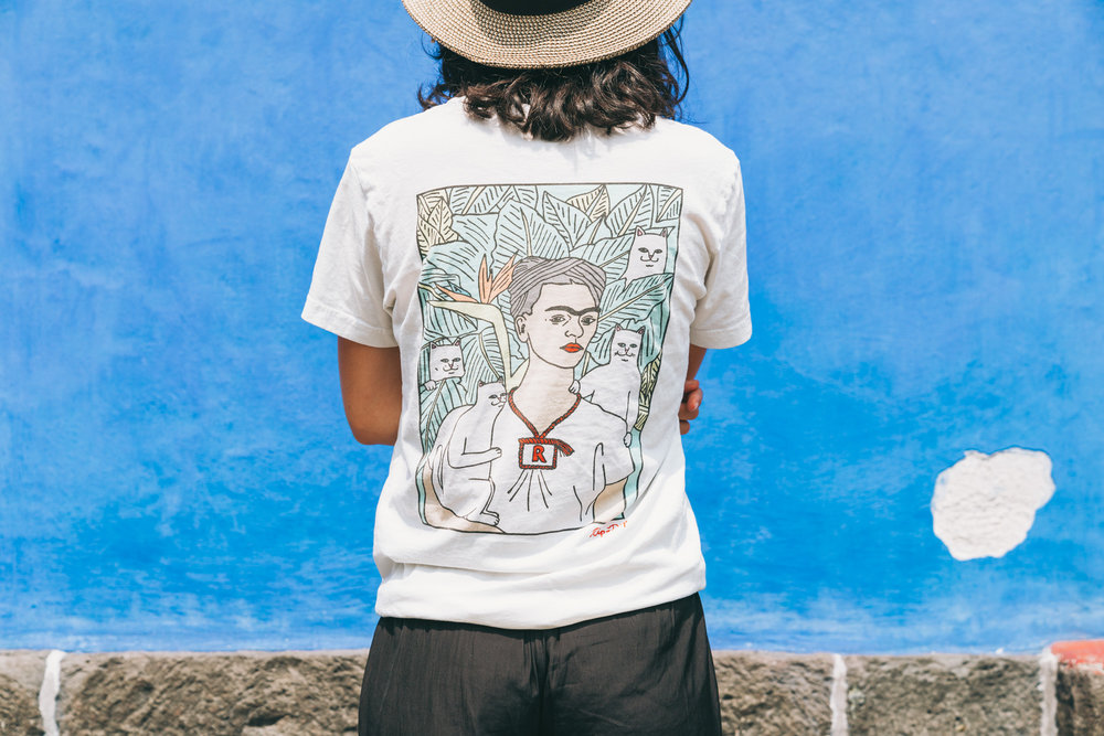 RipnDip t-shirt of Frida in front of her casa azul