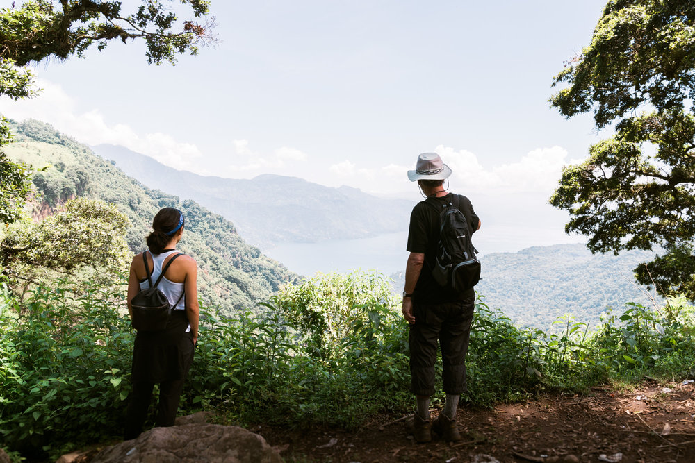 2 People hiking at lake Atitlan in Guatemala