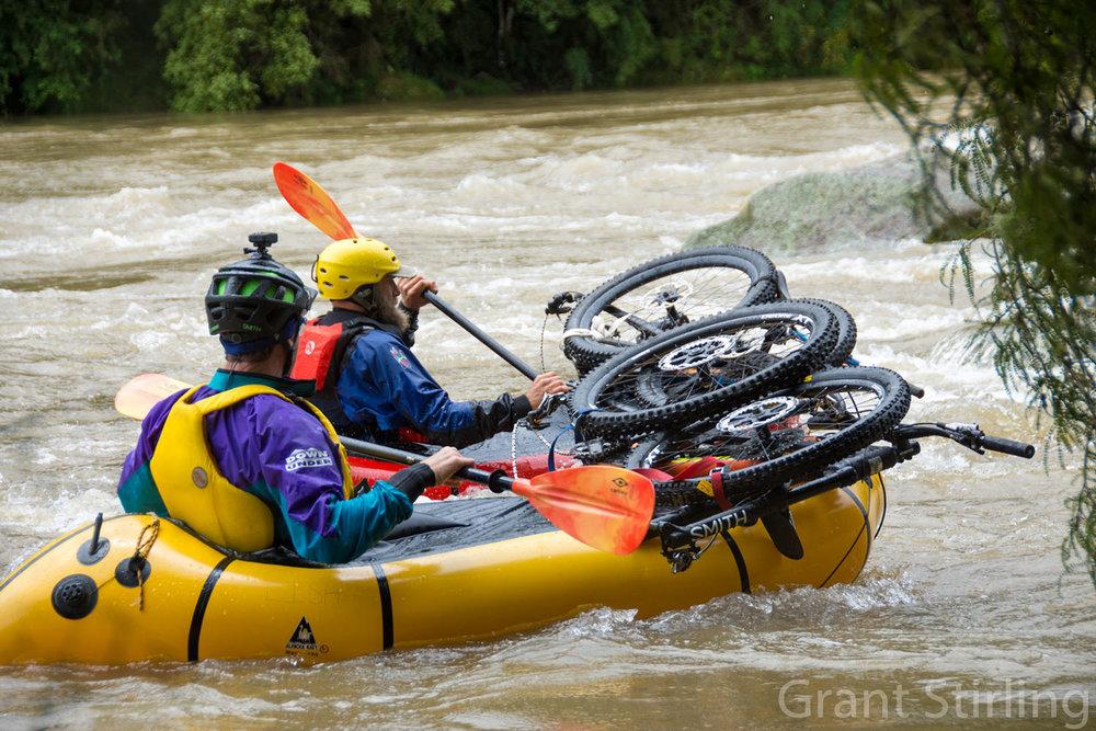 Pack raft-5299.jpg