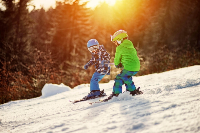 Ski Tours, Kids, Children, Okanagan Champagne Powder