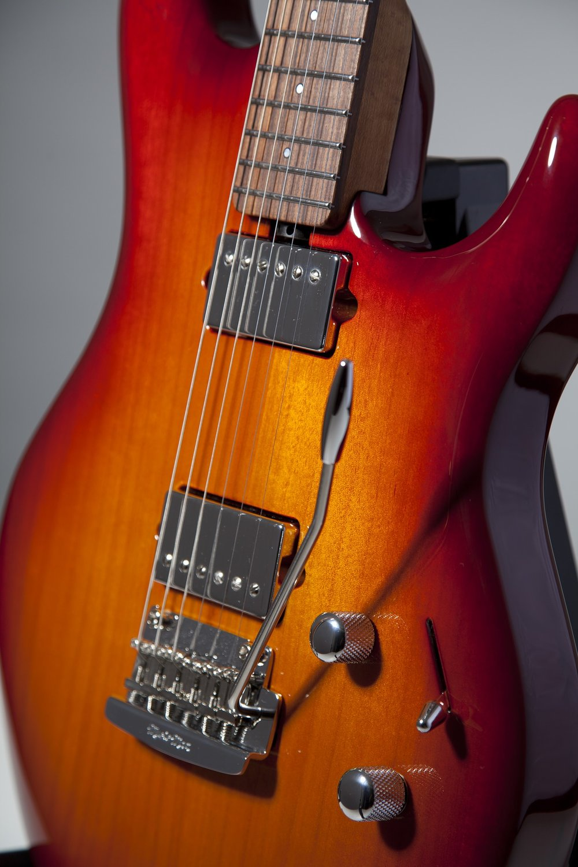 guitar-2089830_1920.jpg