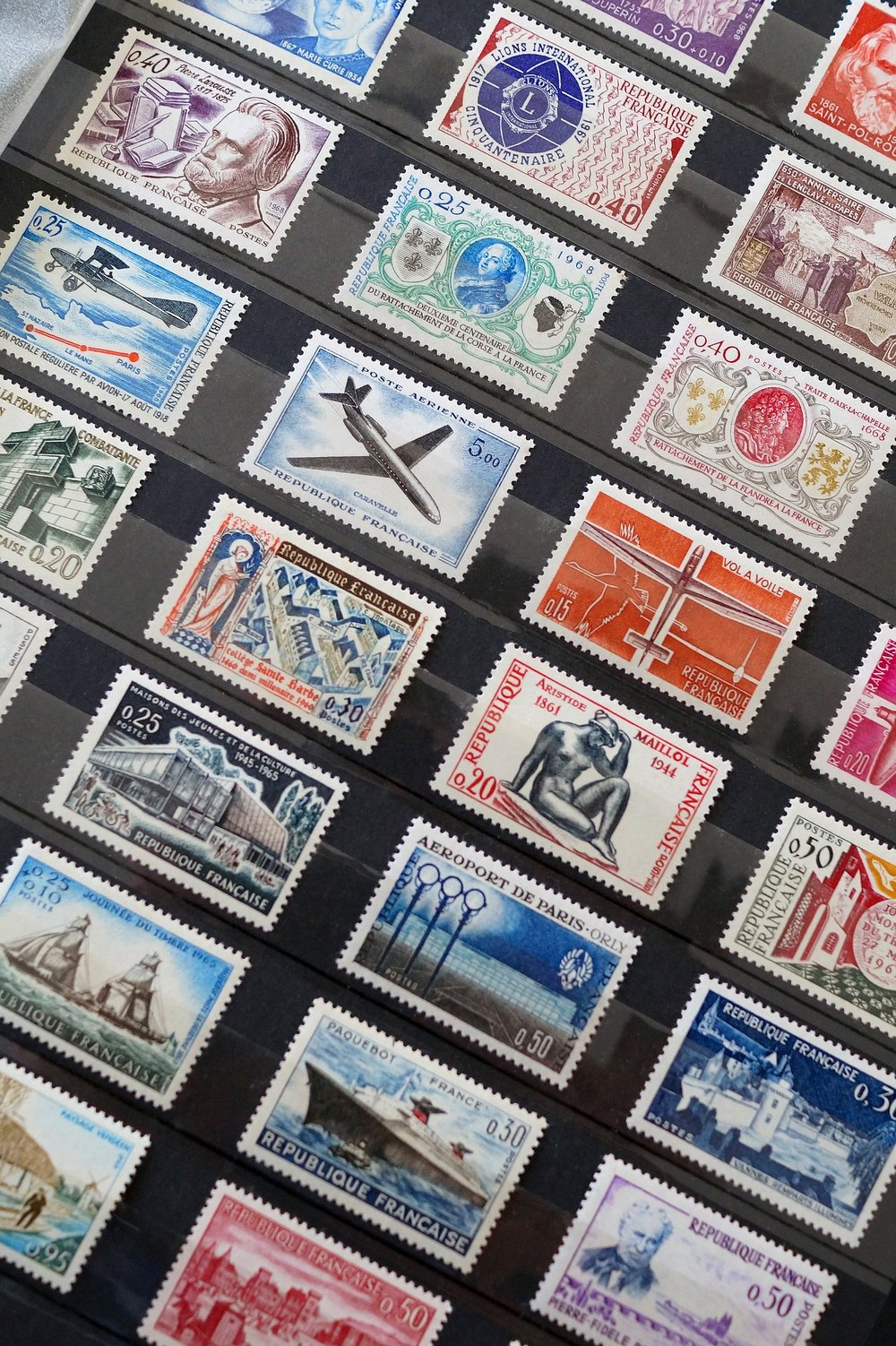 stamps-1803578_1920.jpg