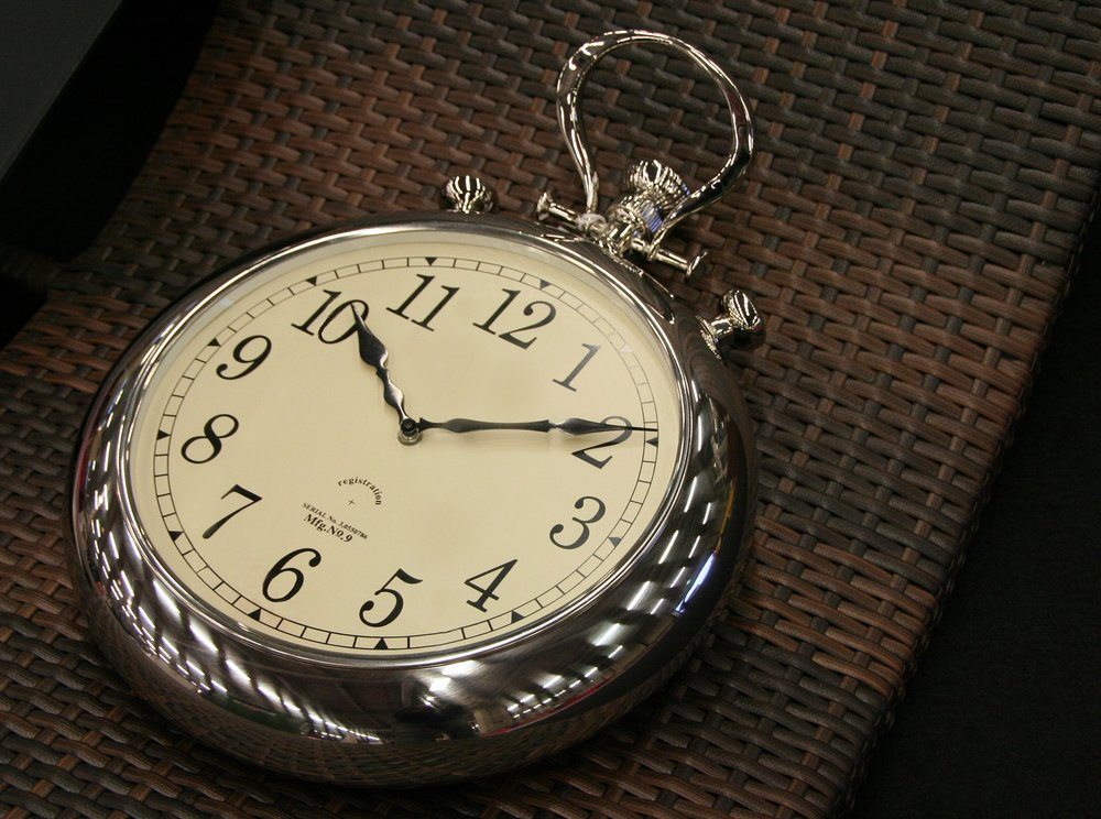 clock-2097537_1920.jpg