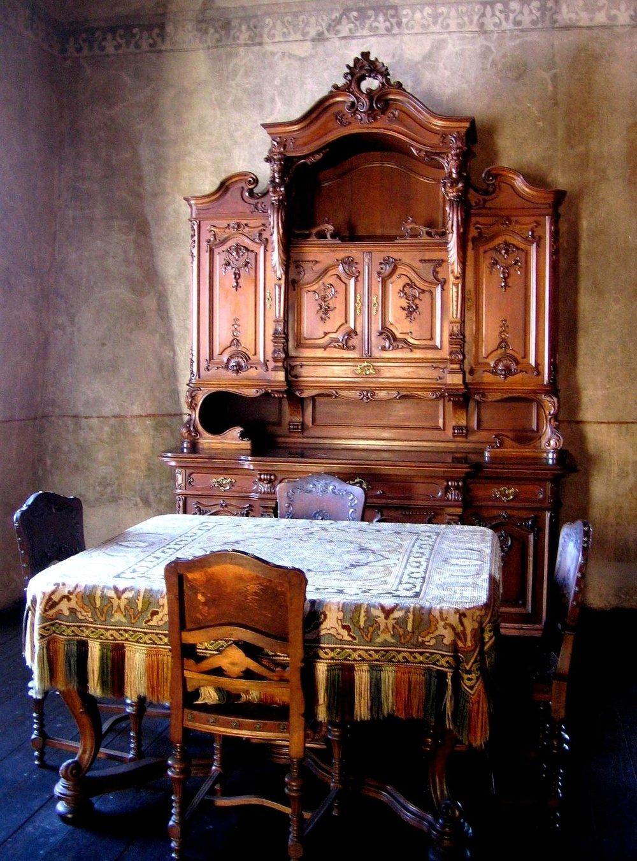 furniture-1234316_1920.jpg