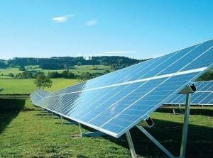 Paneles solares (http://www.dlmred-ups.com).