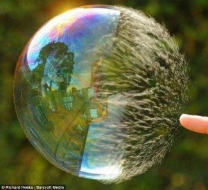 Slowmotion Balloon (Imagen tomada de Picable.com)