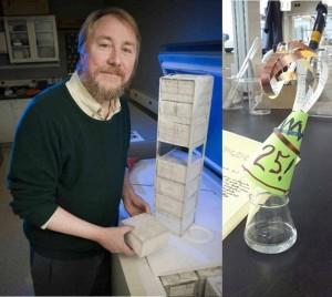 Richard Lenski y algunas de las generaciones de bacterias congeladas (aunque están empezando a descongelarse y tal vez por eso no se le ve tan feliz en la foto). A la derecha, uno de los matraces donde crecen y se reproducen las bacterias de Lenski, celebrando los 25 años de experimento (probablemente después de una buena dosis de alcohol). [NPR.org]