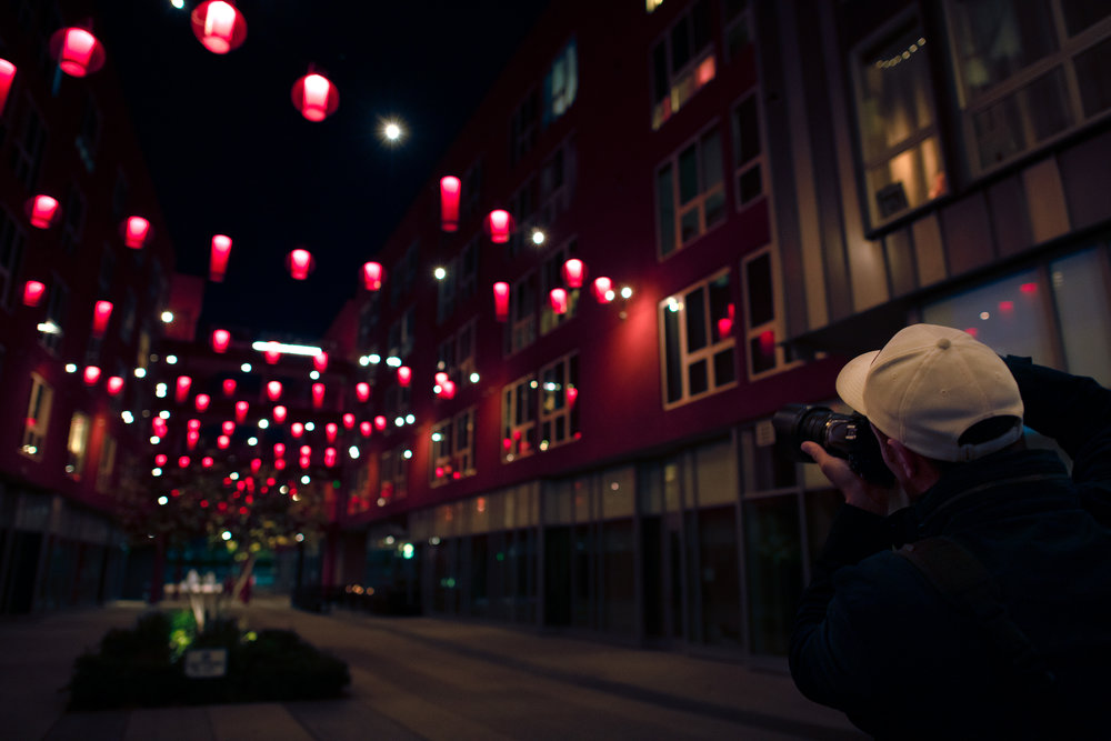 Jamie in China Town-2.jpg