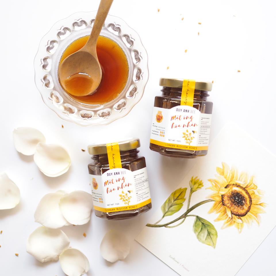 Mật ong hoa nhãn - Loại mật có hương thơm ngào ngạt và vị ngọt thanh tao rất được yêu thích tại Duy Anh Bee