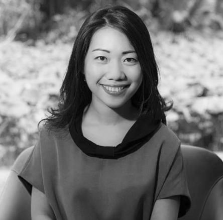 Coach Lương Ngọc Tiên  là một chuyên gia trong lĩnh vực ứng dụng thiền để phát triển bản thân và xây dựng văn hoá doanh nghiệp.   fb.com/CoachLuongNgocTien