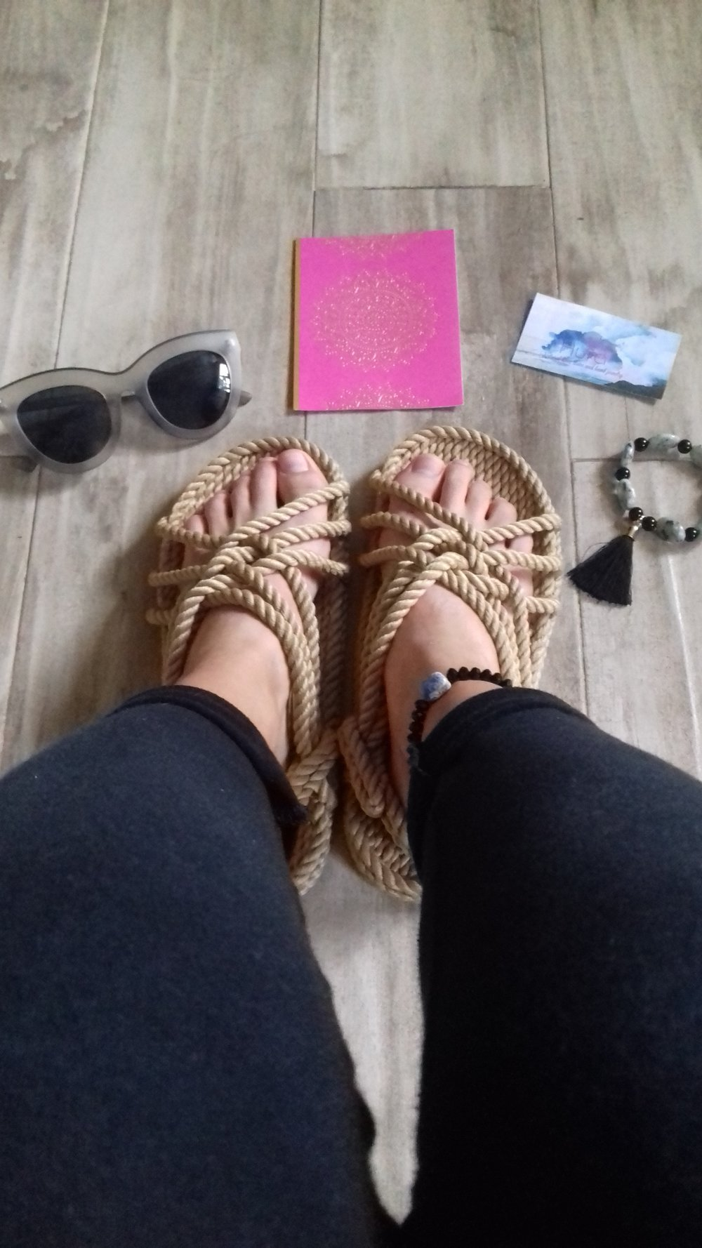 La Vida De RoseBelle blog - wearing Aura Stone Boho Bracelets (7).jpg