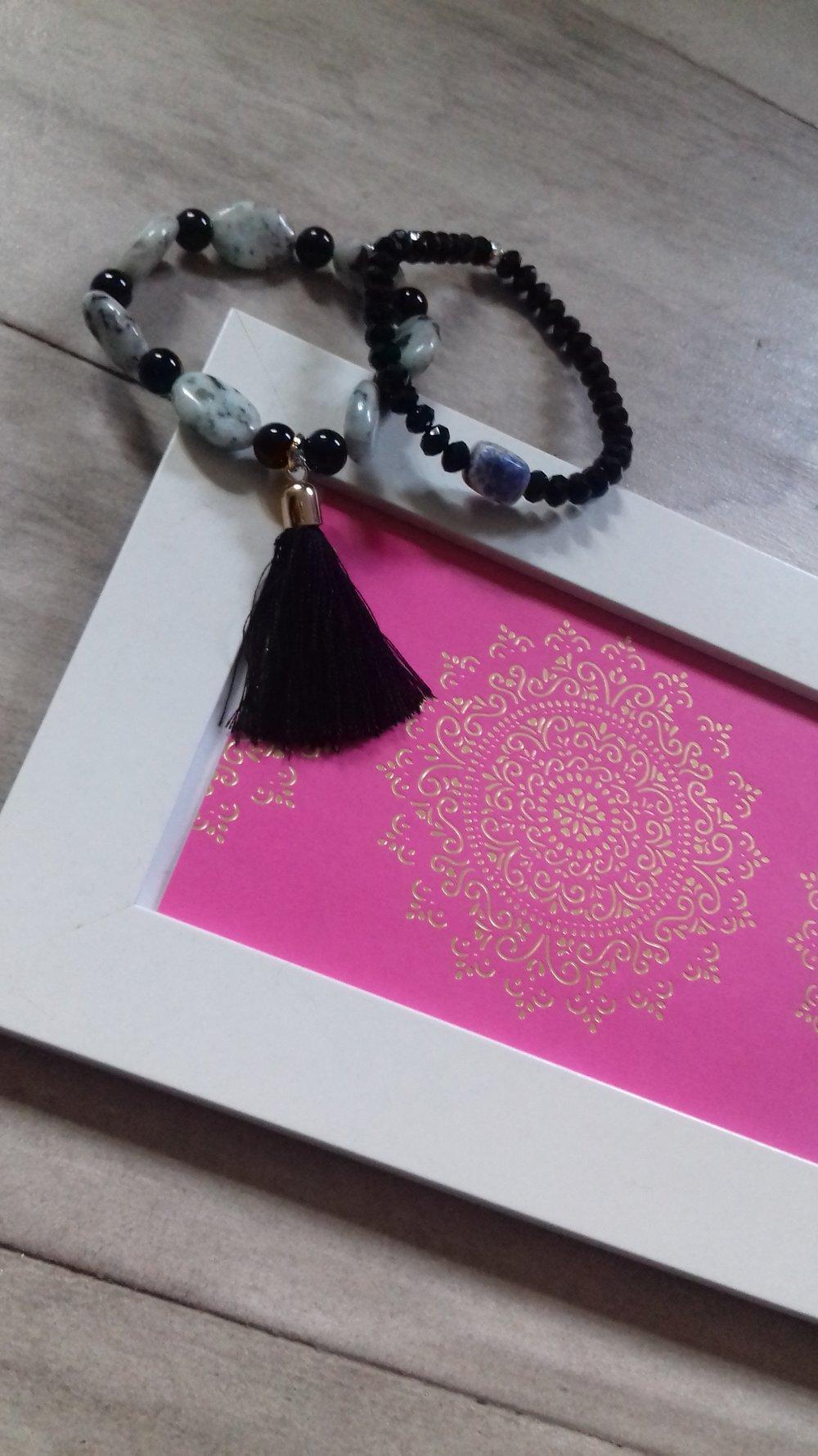 La Vida De RoseBelle blog - wearing Aura Stone Boho Bracelets (8).jpg