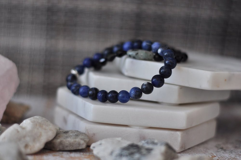 Blue sodalite bracelet - yoga bracelet by Aura