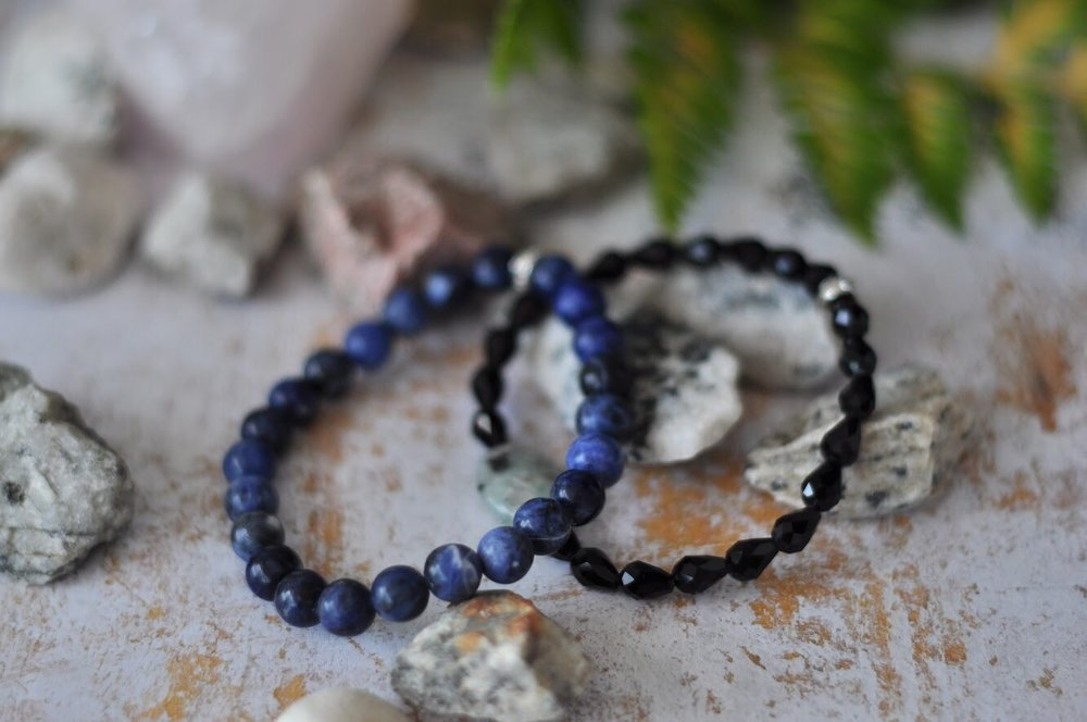 Aura bracelets in natural gemstones
